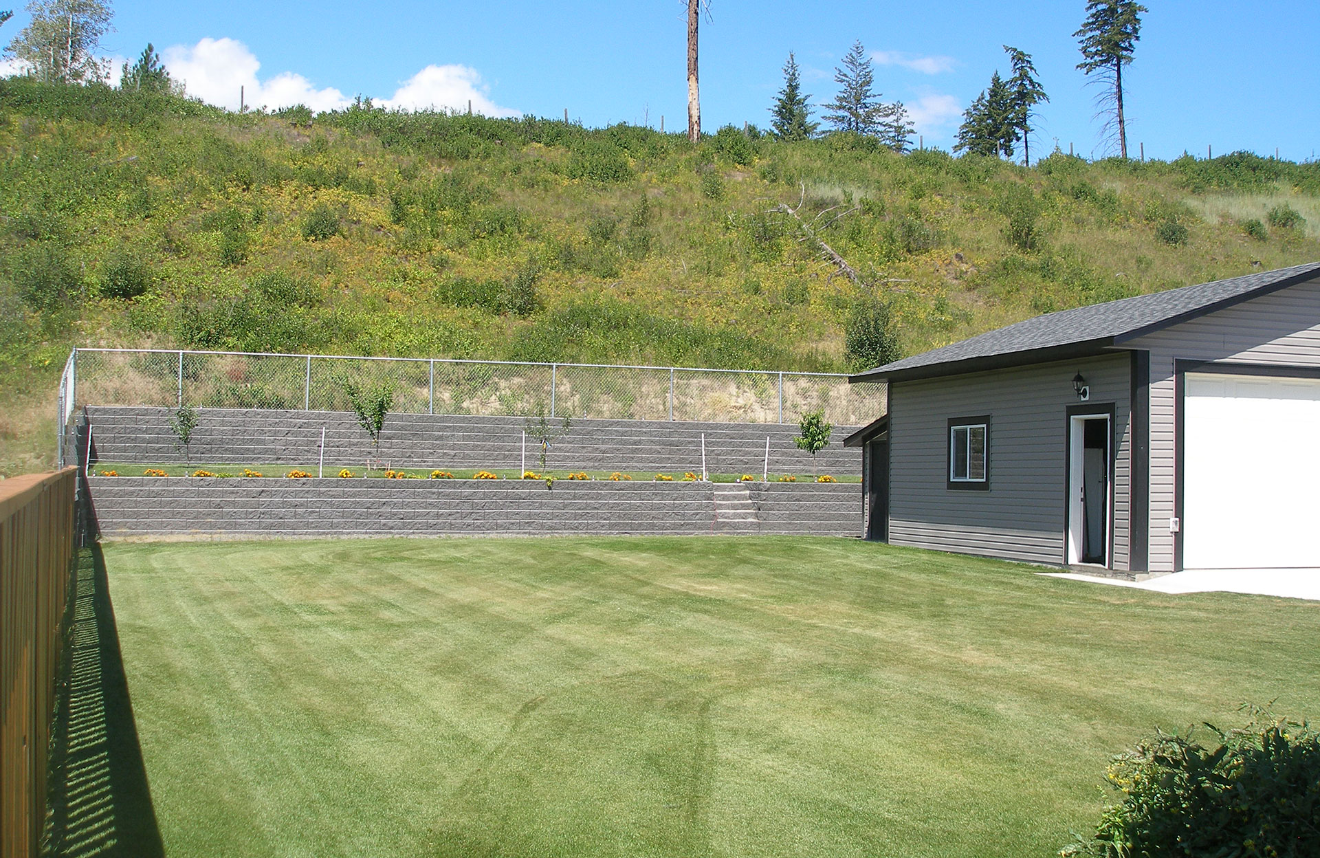Retaining wall installation project complete